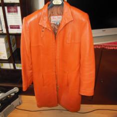 Haina de dama din piele naturala, marimea 44, culoarea portocaliu