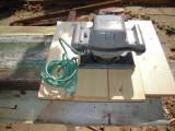 Masina electrica de slefuit prin vibratii ruseasca ELEKTRA, dim. talpa 20x11 cm.
