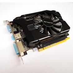 Placa Video Sapphire AMD Radeon R7-240, 2 GB GDDR3, 128-Bit, PCIe 16x 3.0