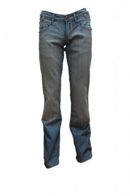 Pantalon barbatesc cu aplicatii metalice,model simplu,nuanta de albastru foto