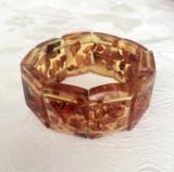 BRATARA vintage, pe elastic, din CHIHLIMBAR RUSESC