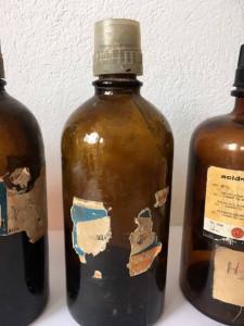 Lot 4 sticle laborator chimie /farmacie, cca 1 l, vechi, vintage, anii 70, decor