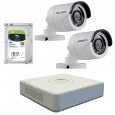 Kit de supraveghere cu 2 camere exterior Hikvision TurboHD DS 2CE16C0T IRPF 1 MP IR 20 m 2.8 mm + DVR Turbo HD Hikvision DS 7104HGHI F1 4 canale 1080