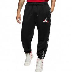 Cumpara ieftin Pantaloni Nike M Jordan JM CLSCS TRICOT WRMP PANT