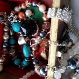 Caseta cu bijuterii.