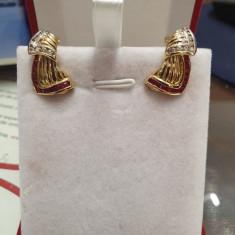 Cercei din aur galben 14K cu rubine si diamante