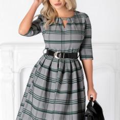Rochie Aniela cu imprimeu in zig-zag si carouri verzi