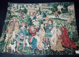 Superbă tapiserie antica lucrata integral manual de dimensiuni impresionante