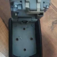 Cutie metalica pentru chei Master Lock cifru mecanic,115x85 mm