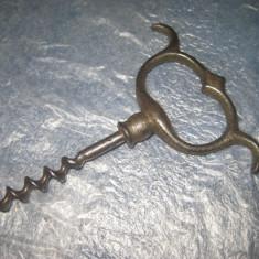 B54-Tirbuson vechi secol 19 metal stare foarte buna.  Marimi: 11/8 cm.