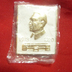 Insigna Mao Tze Dung - China , metal , h=3cm