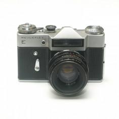 Revueflex E ( Zenit E ) cu obiectiv Helios 58mm f2
