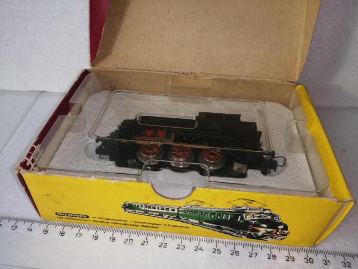 bnk jc Trix Express H0 2211 Steam Locomotive BR 80 018