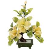 Copac decorativ de jad cu 3 bujori, floarea dragostei pure, sculptura in stil bonsai, piatra semipretioasa galben si verde, 30 cm