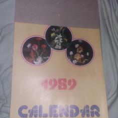Calendar vechi de perete,Cu FLORI 1989,47 cm /27 cm,de colectie,T.GRATUIT