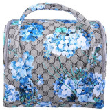 Geanta make-up motiv floral, piele sintetica, albastru/gri