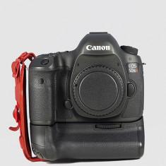 Aparat foto CANON EOS 5DS R Digital SLR Camer cu Grip si multe accesorii