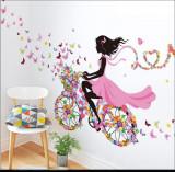 Sticker decorativ Biciclete inflorata cu fluturi colorati, 5STK