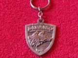 Breloc metalic fotbal - DINAMO BUCURESTI