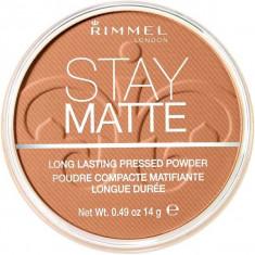 Pudra matifianta rezistenta la transfer Rimmel Stay Matte 040 Honey 14 gr