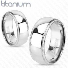 Inel din titan cu margini cu striaţii - Marime inel: 62