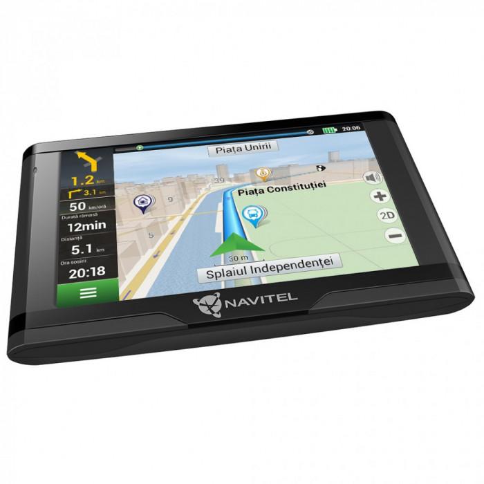 """Sistem de navigatie GPS Navitel E500, ecran 5"""" harti FULL EU cu actualizare lifetime pentru 47 harti offline si suport de fixare magnetic"""