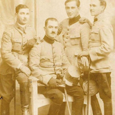 Fotografie ofiteri romani cu sabii anii 1920