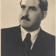 Fotografie portret domn Oradea poza veche romaneasca