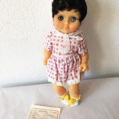 Papusa Aradeanca Natalia, jucarie romaneasca veche, ambalaj original, eticheta