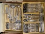 Set NOU 12 tacamuri INOX in geanta diplomat