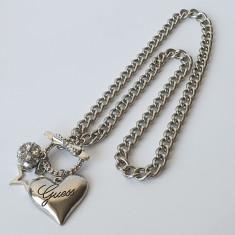 Pandantiv / Colier / Lantisor - Fashion GUESS Inima  - Argintiu