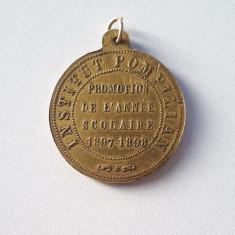 Medalie rara - Invatamant - Institutul Pompilian - 1897 - 1898 - per regalista