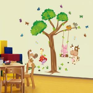 Sticker decorativ copii Joaca in padure