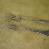 2 Furculite vechi argintate