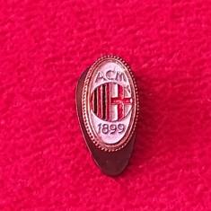 Insigna (veche cu talpa) fotbal - AC MILAN