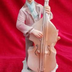 Muzician cu contrabas figurina statueta portelan Arpo România Epoca de Aur