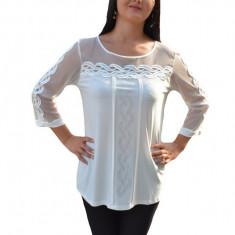 Bluza alba de ocazie, cu maneca aproape lunga, transparenta