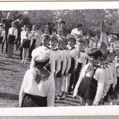 bnk foto - Pionieri - Ceremonie pioniereasca - anii `70