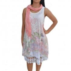 Rochie fashion cu aspect asimetric si insertii de dantela, alba