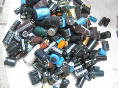 Lot condensatori electrolitici foto