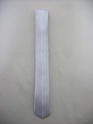 Cravata rafinata, alb, visiniu, crem, ivory, negru foto