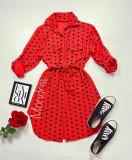 Cumpara ieftin Rochie ieftina casual stil camasa rosie cu puncte mari si cordon in talie