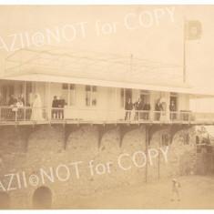 Foto originala REGINA ELISABETA si SUITA REGALA, PAVILIONUL CONSTANTA, N. Ioanid