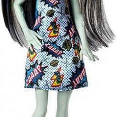 Papusa Monster High Frankie Stein