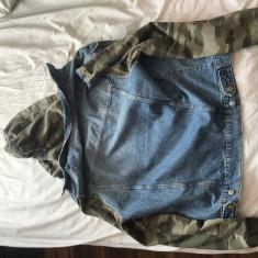Vand geaca blugi cu maneci army H&M, XL, Albastru