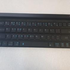 Tastatura Portabila LG LG Rolly Keyboard KBB-700 - poze reale