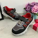 Cumpara ieftin Adidasi textili gri negri cu scai pantofi sport usori pt baieti fete 30 31 32 33