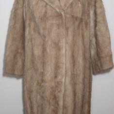 Mantou elegant din blana de nurca aurie