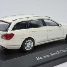 Macheta Mercedes E Klasse Kyosho 1:43