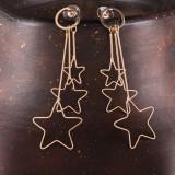 Cercei metalici aurii cu trei stelute